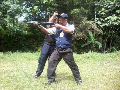 Lu Tembak Biasa adukataruna bergambar gua ambil c u senjata api