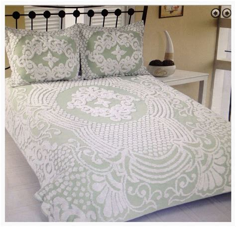 Looking For Bedspreads Florence Medallion Tufted Chenille Size Bedspread