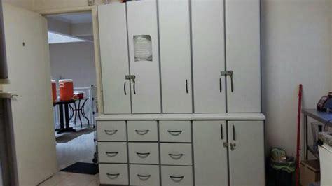 armario quarto madeira maciça armario branco quarto madeira macica 3 modulos 2