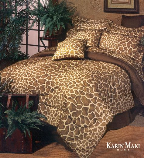 Giraffe By Karin Maki Beddingsuperstore Com Giraffe Bedding