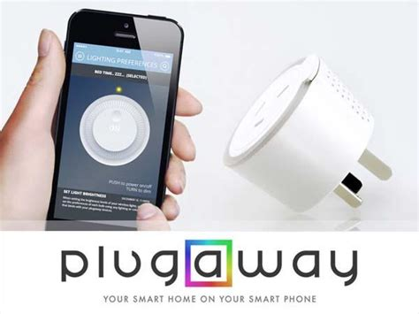 smartphone controlled outlet plugaway a smart outlet gadgetsin