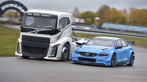 volvo trucks pits  hp race truck  wtcc race car