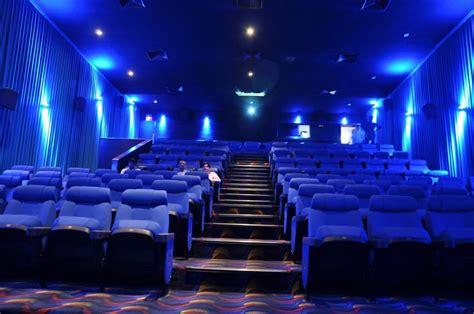 theatre surat rajhans cinemas