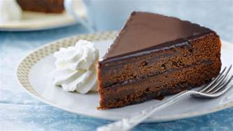 sacher torte austrian chocolate tart with apricot jam recipe dishmaps