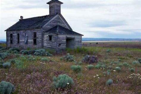 abandoned places in washington abandoned schoolhouse washington state old school