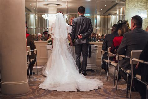Wedding Ring Makers Liverpool by A Gorgeous Liverpool Wedding At The Days Hotel