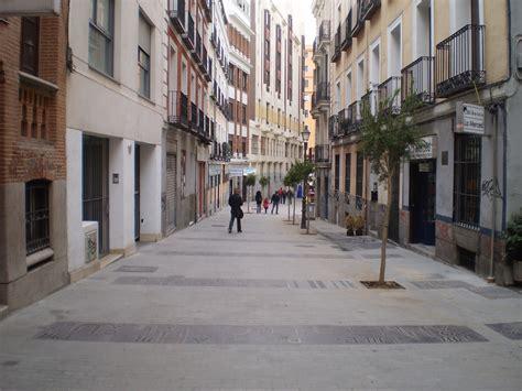calle libreros en madrid los peatones conquistan 4 500 m2 m 225 s en centro