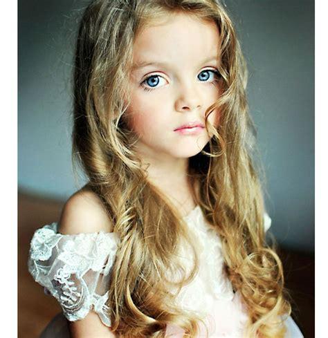 how cute 4 year old russian model xinhua englishnewscn 图 组图 俄罗斯4岁小模特萌照宛如洋娃娃 第2页 zol高清频道