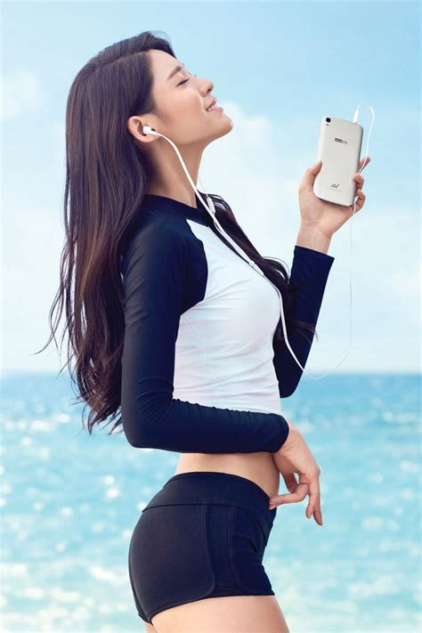 wallpaper android kpop skt가 aoa 설현을 모델로 내세워 홍보했던 중저가형 스마트폰 루나 luna 의 후속기가 나왔다