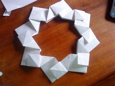 Origami Reef - origami wreath by aislinggeorgia on deviantart