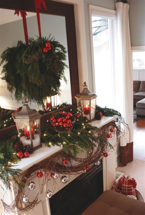 traditional christmas decorations to make mantel with lanterns
