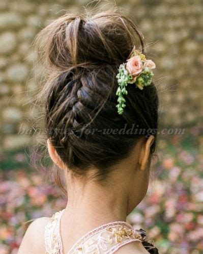 Hairstyles For Flower by 25 Best Flower Hairstyles Ideas On