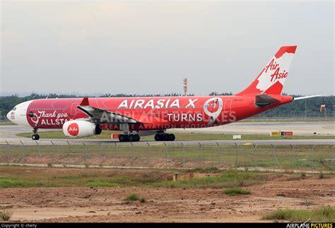 9m xxf airasia x airbus a330 300 at tokyo haneda intl 9m xxa airasia x airbus a330 300 at kuala lumpur intl