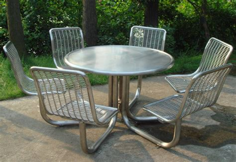 commercial outdoor seating ideas