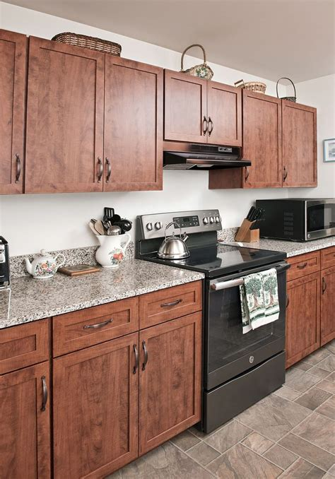 builder grade oak kitchen cabinets 201 best rustic and farmhouse kitchens images on