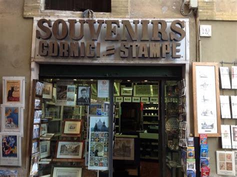 negozio di cornici souvenir cornici e ste negozi di souvenir via della