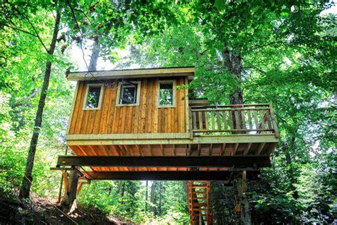 tree houses for rent tree house rental near mont tremblant ski resort