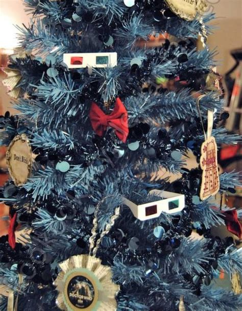 the top 10 fandom christmas trees to geek out over
