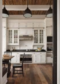Farmhouse Style Kitchen Cabinets by 25 Best Ideas About Modern Farmhouse Kitchens On