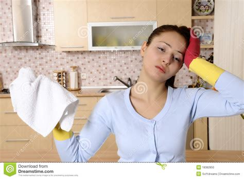 imagenes mujeres limpiando tired beautiful women after cleaning the house stock photo