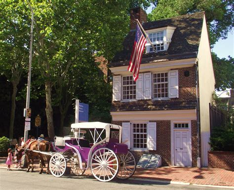betsy ross house horse drawn carriage tours in philadelphia