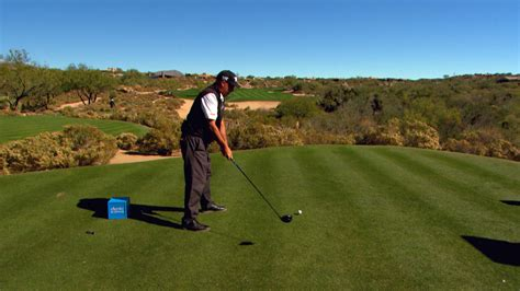 rocco mediate golf swing rocco mediate tips to drive ball low into a trong wind