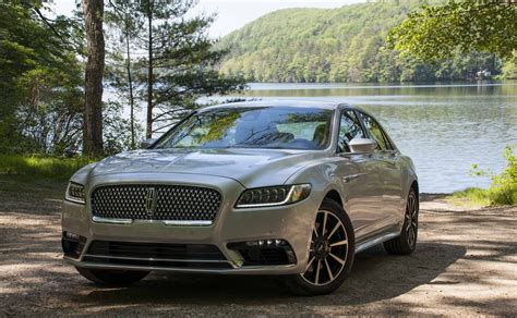 new lincoln continental pics 2017 lincoln continental for sale in your area cargurus