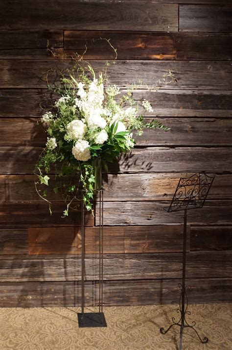 white flower wedding arrangements rustic wedding rustic wedding ideas white wedding