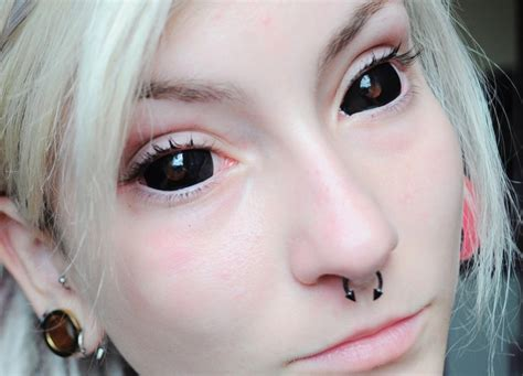 eyeball tattooing trend 20 eyeball tattoos you won t be able to stop