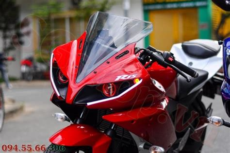 Lu Projie Yamaha R15 modifikasi yamaha r15 pakai projie ala yamaha yzf r1 dari
