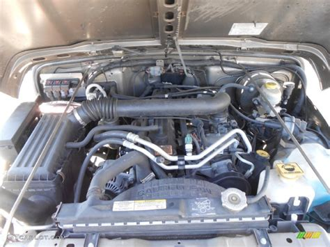 Jeep Wrangler Inline 6 Engine 2005 Jeep Wrangler Sport 4x4 4 0 Liter Ohv 12 Valve Inline