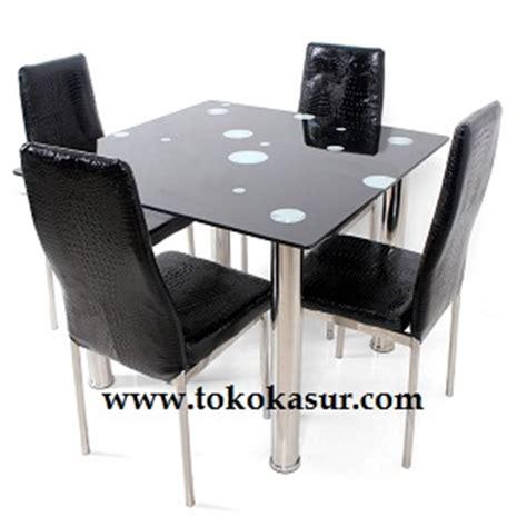Meja Makan Kaca Kursi meja makan kaca segi 4 kursi warna hitam toko kasur