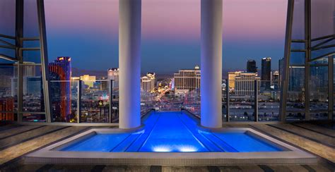 las vegas hotels with pool in room what s in your room our list of the best vegas hotel room amenities las vegas blogs