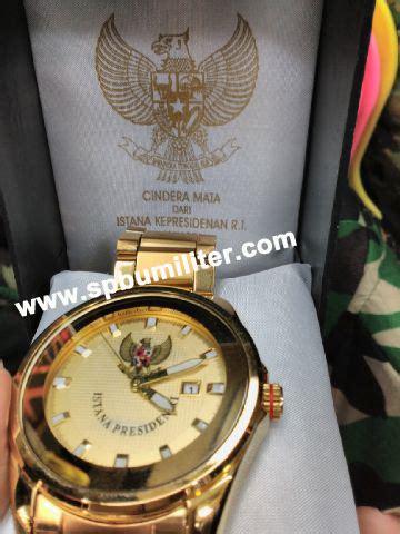 Jam Tangan Cewek Sov Logo Istana jam tangan istana eksklusif gold spbu militer