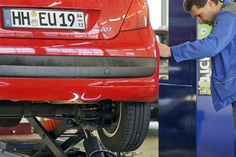 Auto Abmelden Was Passiert Mit Versicherung by Saisonkennzeichen Autobild De