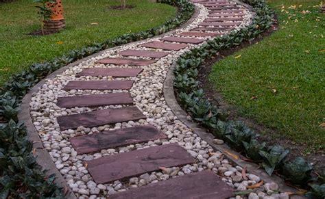 how to make garden path garden walkway ideas