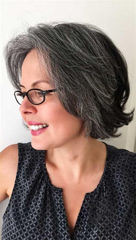 Wunderschöne Kurze Frisuren für Frauen Über 50   Neue