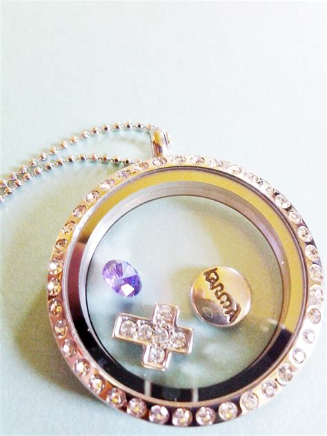 Origami Owl Birthday Locket - origami owl living locket review giveaway us 5 17