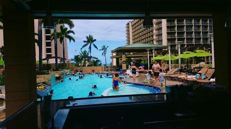 cinema suites under 21 embassy suites waikiki 21 the wunderland
