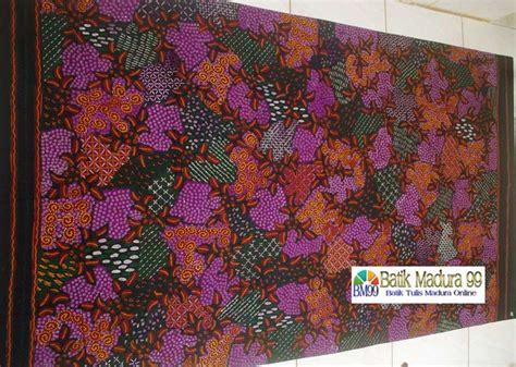 Batik Tulis Madura 238 batik madura motif sekar jagad warna dasar ungu cantik kain batik tulis madura yang
