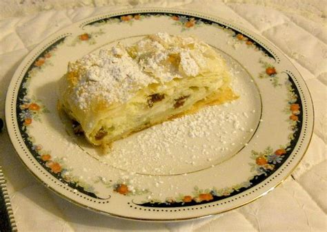 Cottage Cheese Strudel Recipe by Hungarian Cottage Cheese Strudel Hungarian Stuff Strudel Cottage Cheese