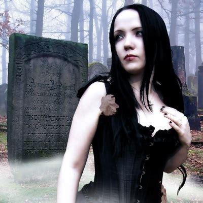 diy goth hairstyles diy burlesque medieval and gothic halloween costumes