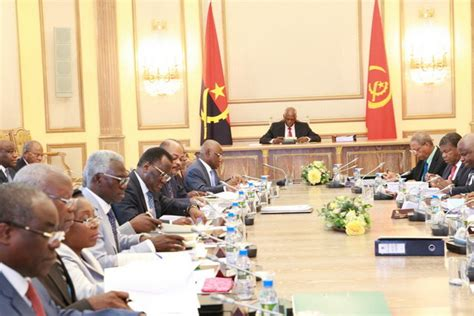 Cabinet Council by Cabinet Council Analyses Approves Pracitising Bill