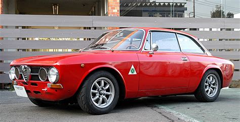 Alfa Romeo Gtv 2000 by Alfa Romeo Gtv 2000 Classic Cars 1 Mobmasker