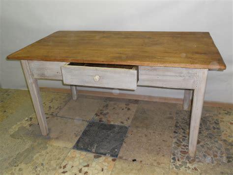 tavoli vecchi da restaurare pezzi di arredamento antichi gi restaurati o da restaurare