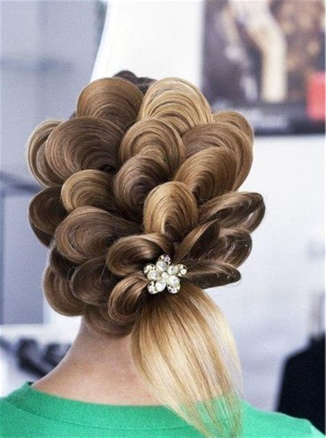 how to do model hairstyles la verita e coraggio acconciature da sposa romantiche