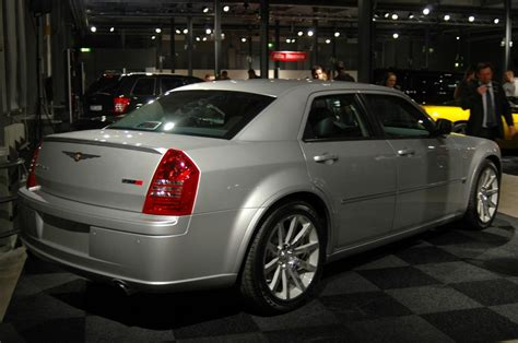 srt8 chrysler 300c 2005 chrysler 300c srt8 supercars net