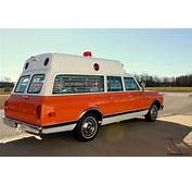 1971 Chevrolet Suburban Zephyr Ambulance Classic Collectible
