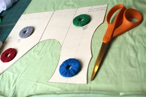 pattern weights tutorial diy sewing pattern weights tutorial crafty gemini