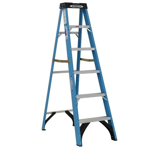 werner 6 ft fiberglass step ladder with 250 lb load